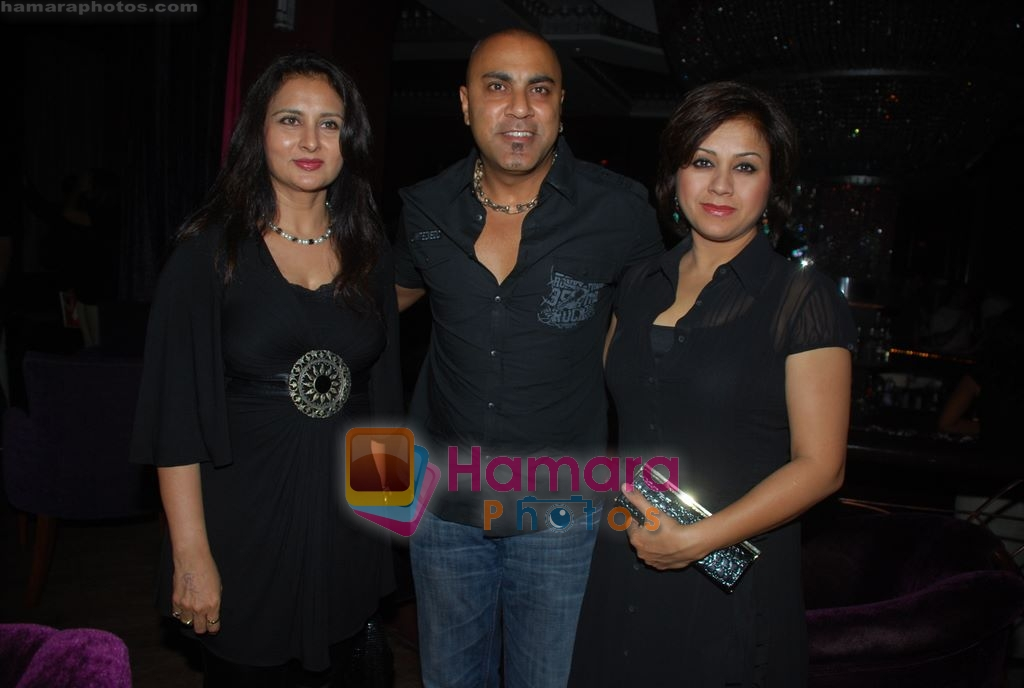Poonam Dhillon, Baba Sehgal at 13B success party in Enigma, Mumbai on 13th March 2009