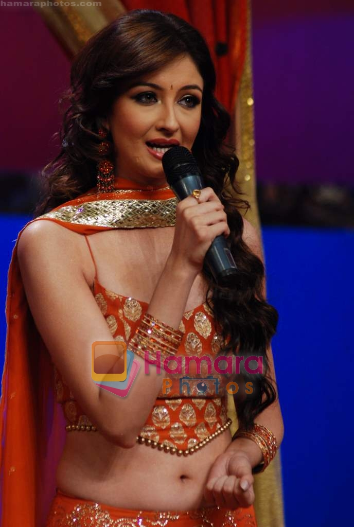 Saumya Tandon on the sets of Dance India Dance in Famous Studios on 23rd March 2009