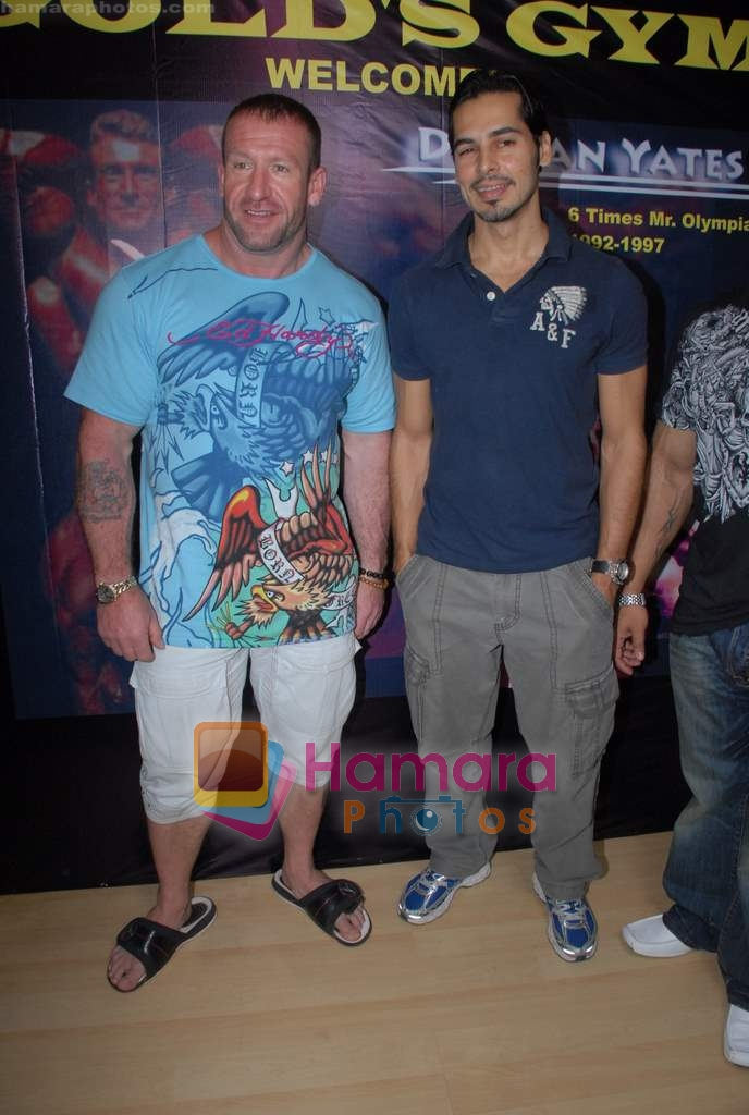 Dino Morea, Darian Yates at Gold Gym event in Bandra on 23rd March 2009
