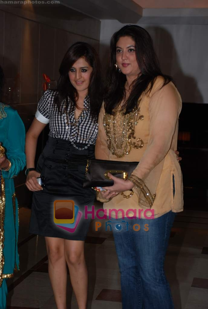 at Kangana's birthday bash in Bling on 23rd March 2009