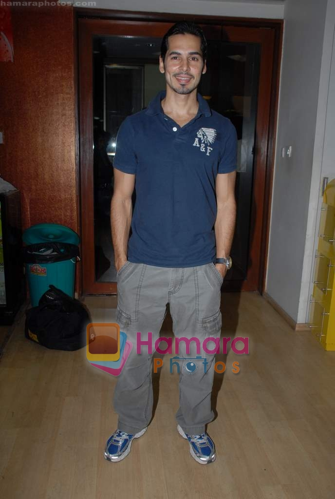 Dino Morea at Gold Gym event in Bandra on 23rd March 2009