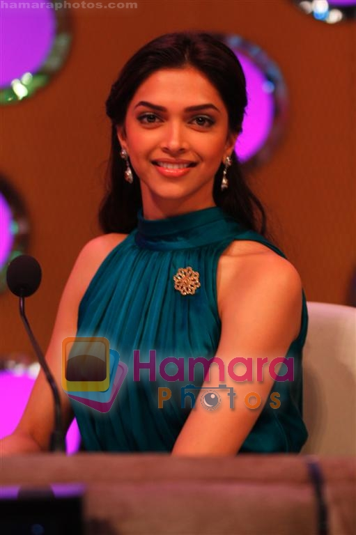 Deepika Padukone at Knight and Angels Show on NDTV Imagine on 24th March 2009