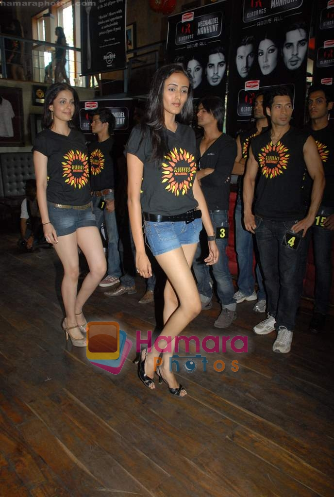 Contestants at Gladrags press meet in Hard Rock Cafe on 24th March 2009