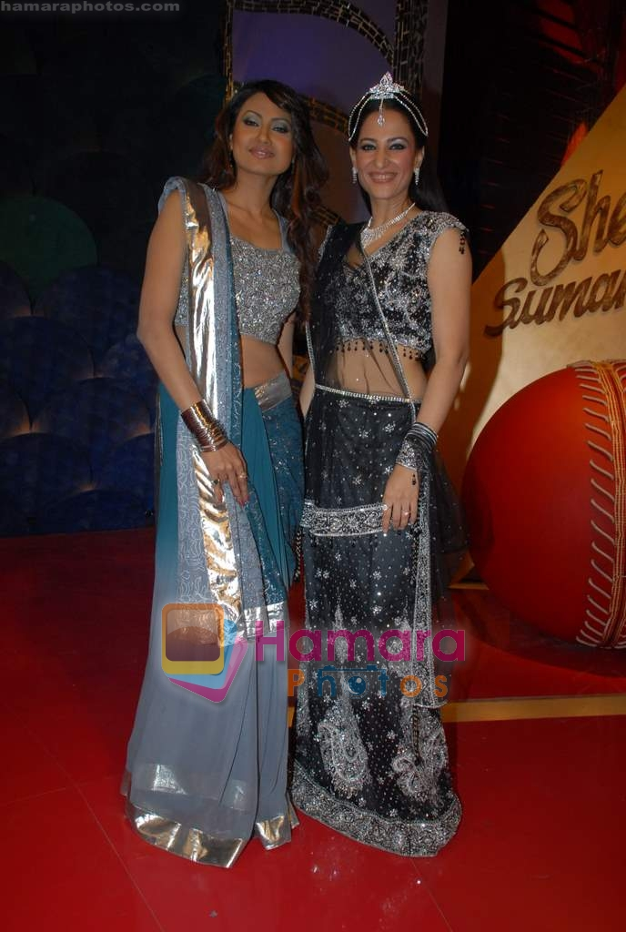 Nigaar Z Khan, Rakshanda Khan on the sets of Comedy Circus in Andheri on 25th March 2009