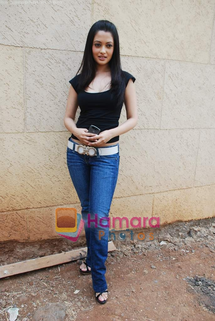 Riya Sen at Paying Guest film music launch in Whistling Woods, Dadasaheb Phalke Chitranagri Film City on 7th May 2009