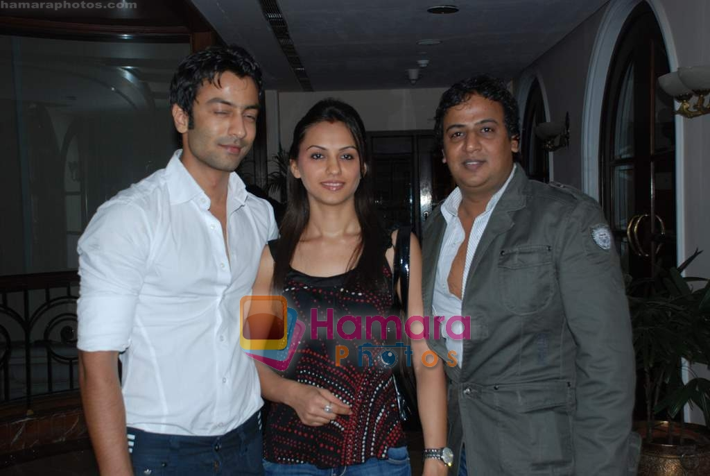 Jatin Shah And Priya Bathija at the launch of Santosh Singh's editing studio in Club Millennium on 12th May 2009