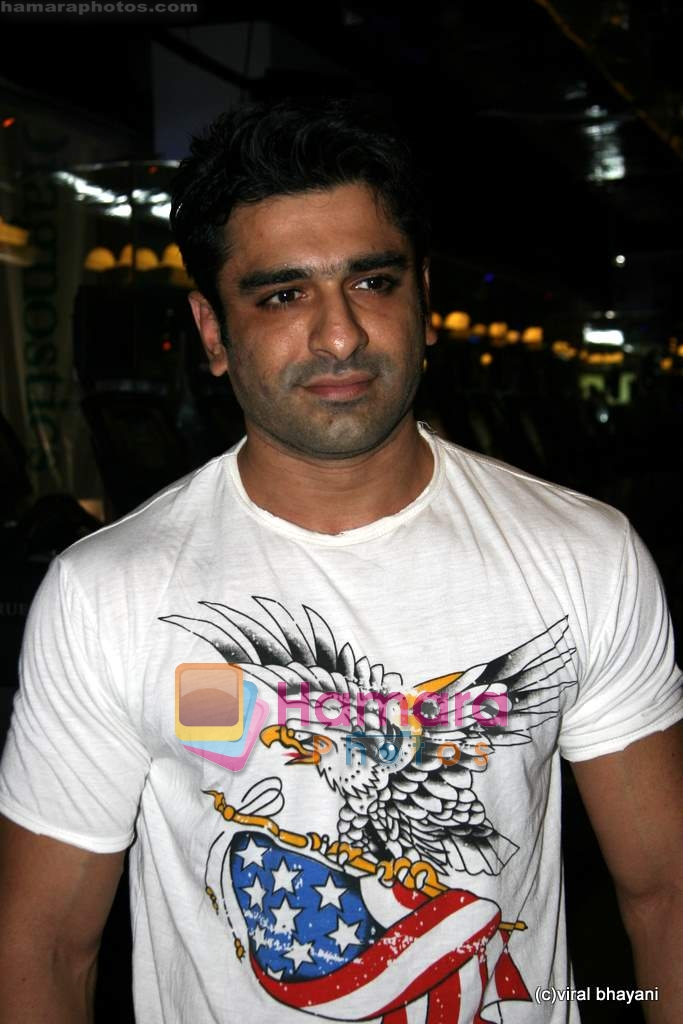 Eijaz Khan at True Fitness salon launch in Star Bazaar on 29th July 2009