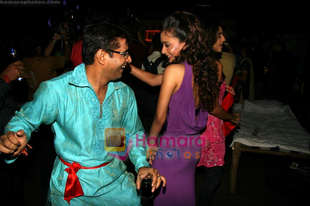 Sara Khan at Sara Khan's birthday bash in Club Escape on 5th Aug 2009