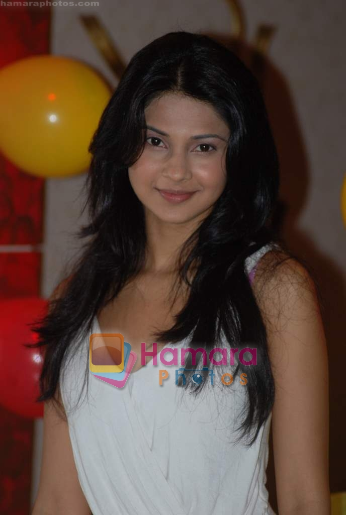 Jennifer Winget at Cinevistaas Dill Mill Gaye celebrates 400 episodes in Kanjumarg on 5th Aug 2009