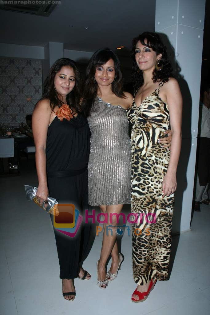 Bhavna Pani at Bhavna Pani's birthday bash in Puro on 12th Aug 2009