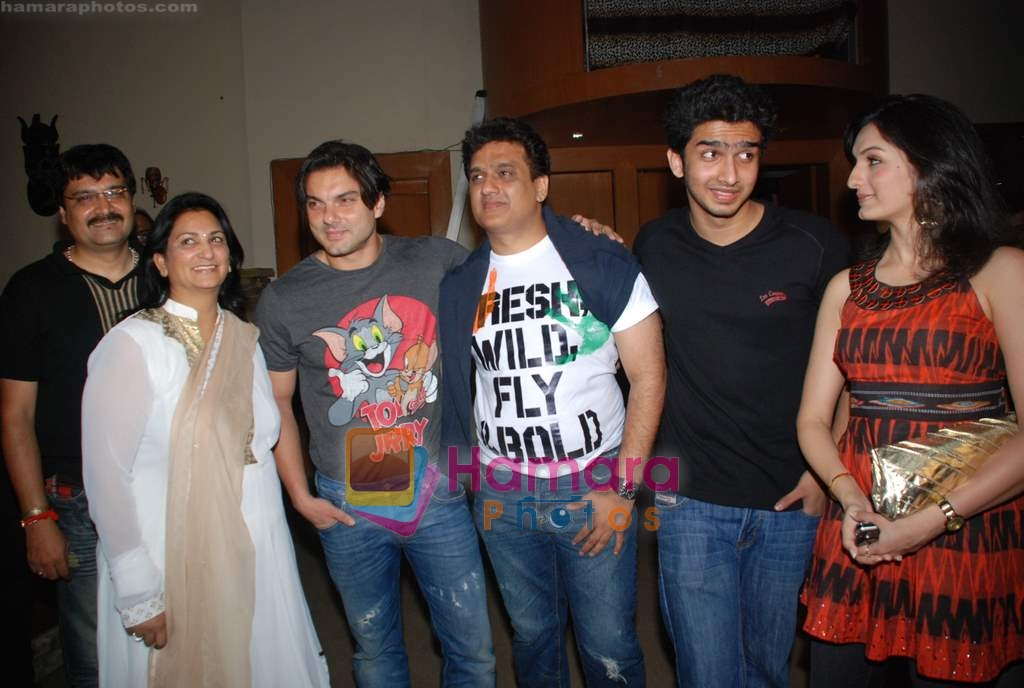 Sohail Khan, Akriti Kakkar at Daboo Mallik's bash in Marimba Lounge on 14th Aug 2009
