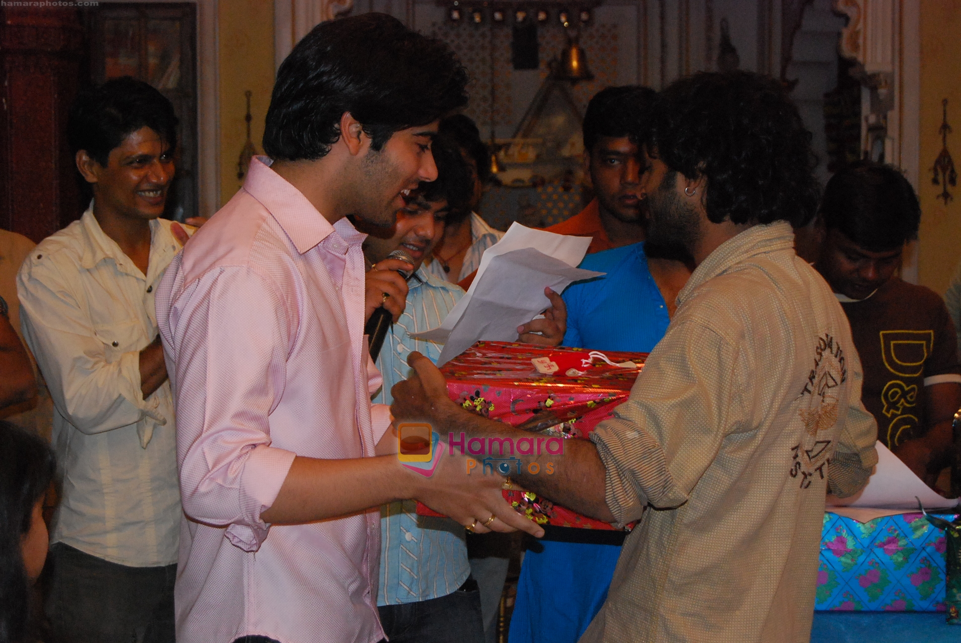 at Bidaai unit bonds on the set on completion of four hundred episodes on 14th Aug 2009