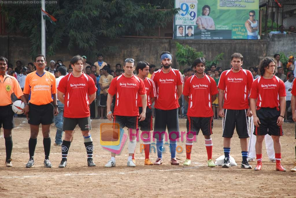 Sohail Khan, Salman Khan, Ranbir Kapoor at Being Human soccer match in Bandra on 15th Aug 2009