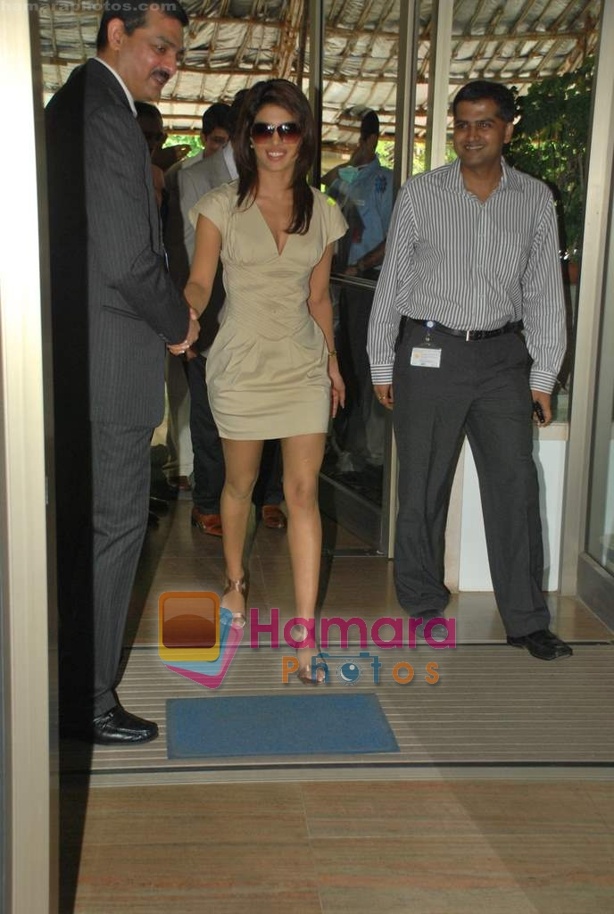 Priyanka Chopra at the launch of Novaltis Radiosuregery scanner for tumors in Ambani Hospital on 16th Aug 2009