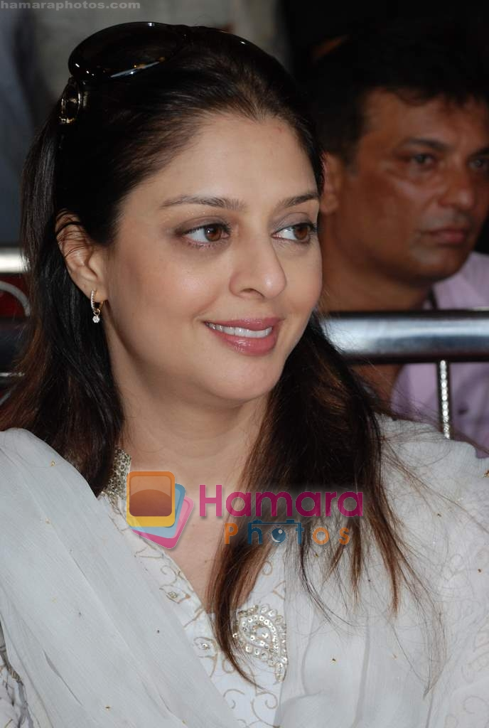 Nagma at cricket match organised by Bablu Aziz in Santacruz on 16th Aug 2009