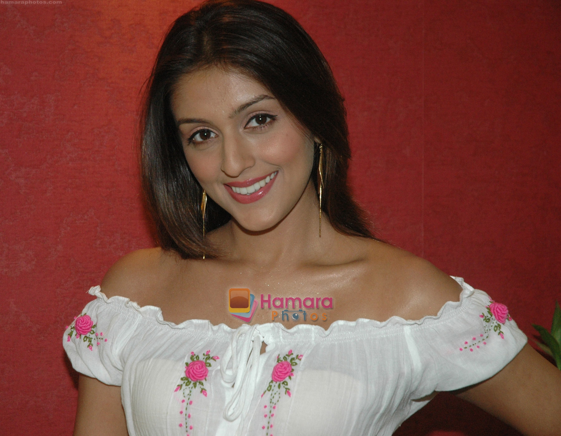 Aarti Chhabria in the still from movie Toss