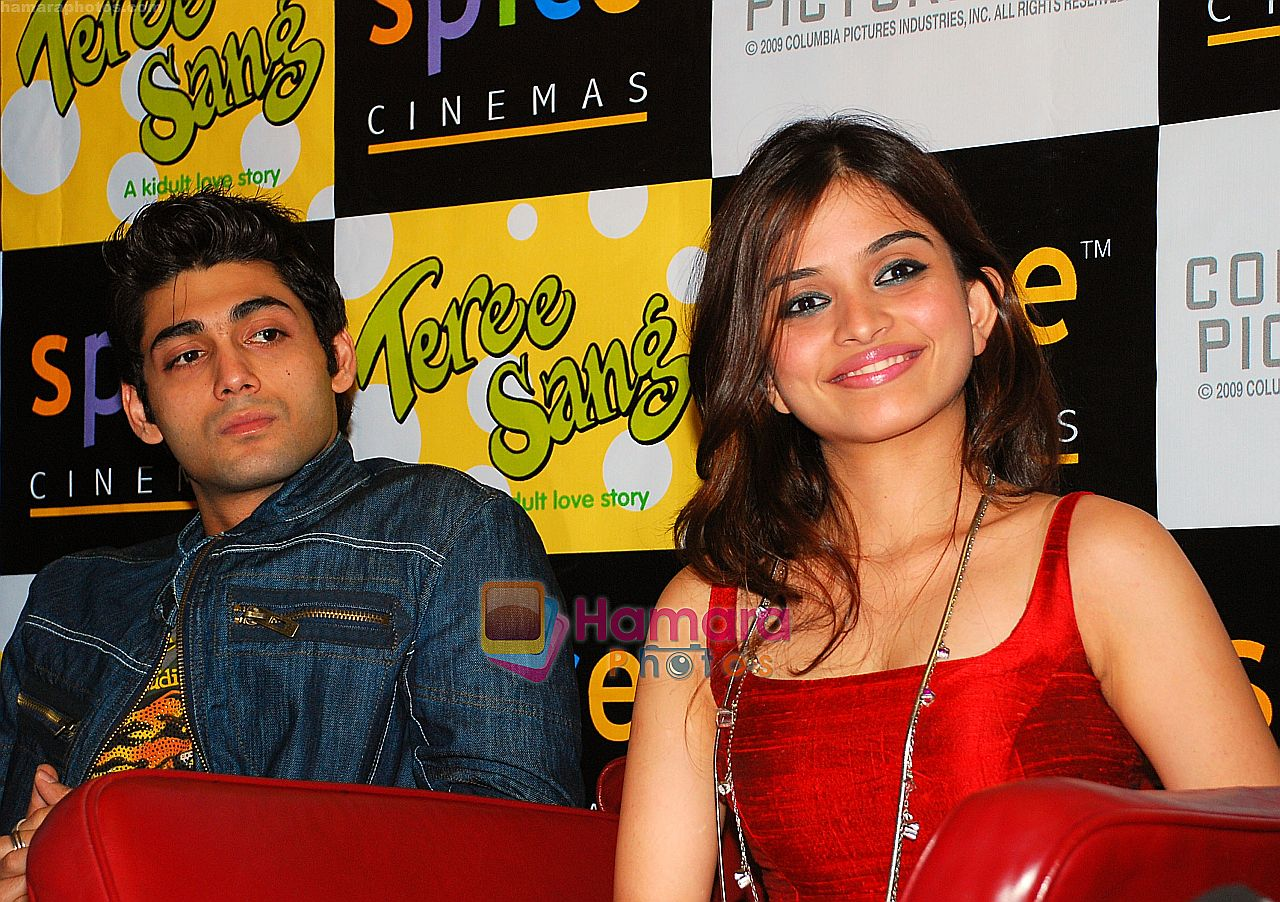Sheena, Ruslaan Mumtaz at the Press Conference and Premiere of film Teree Sang in Spice World, Noida on 6th Aug 2009