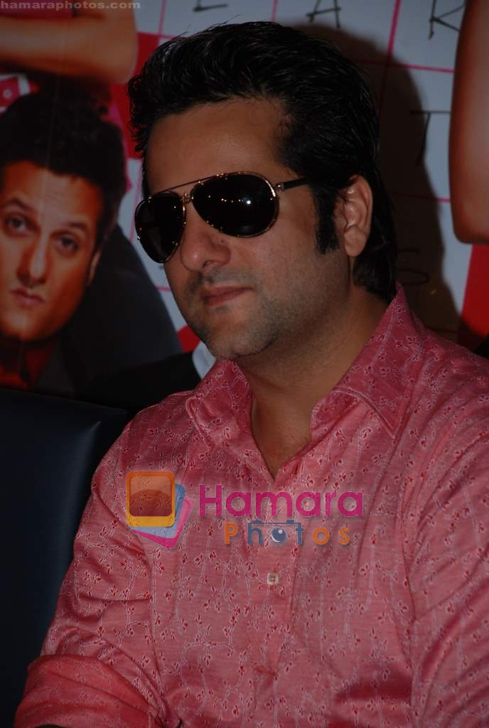 Fardeen Khan sell the tickets to promote the film in Galaxy, Bandra on 17th Aug 2009