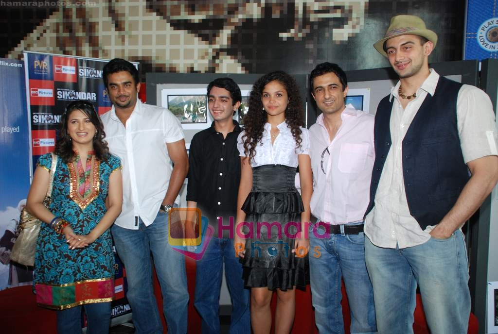 Madhavan, Ayesha Kapur, Parzun Dastur, Arunoday Singh, Sanjay Suri at Sikandar promotional event in PVR on 17th Aug 2009