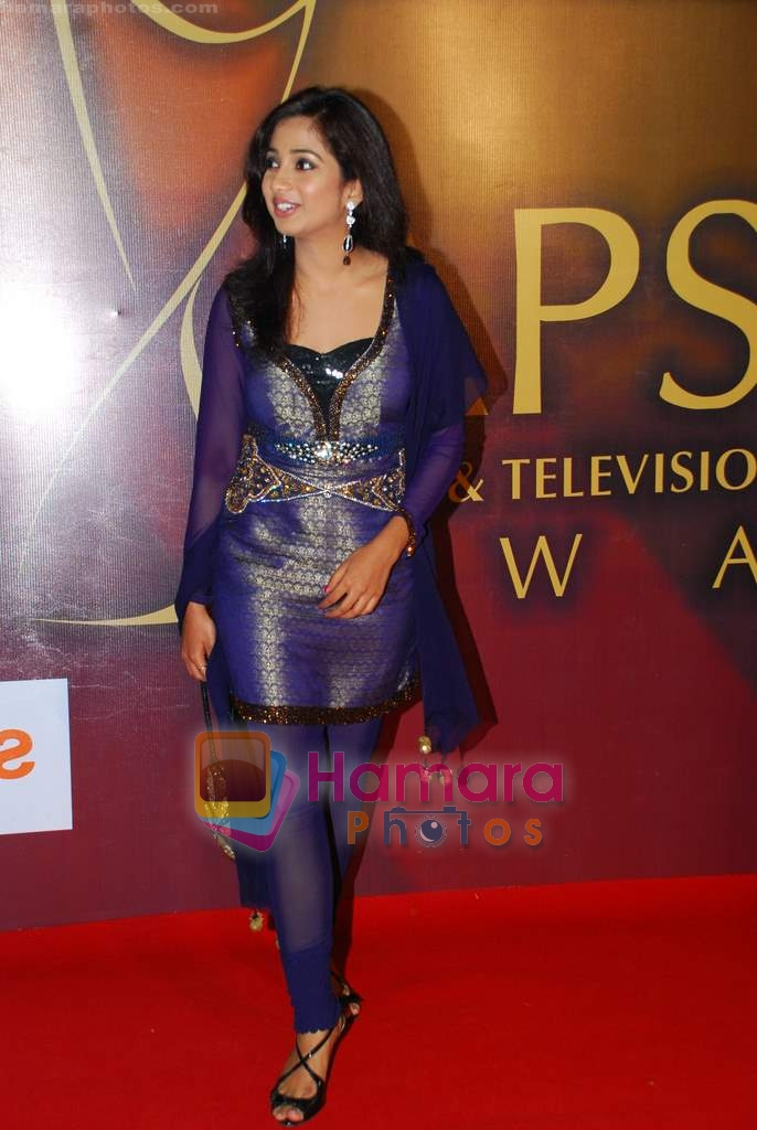 Shreya Ghoshal at Apsara Awards in Grand Hyatt on 4th Dec 2009