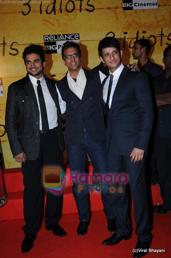 Sharman Joshi at 3 Idiots premiere in IMAX Wadala, Mumbai on 23rd Dec 2009