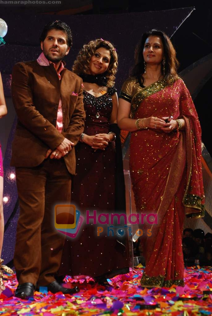 Bhaktiyar, Tanaaz Currim, Poonam Dhillon at Big Boss Grand Finale in Lonavala on 26th Dec 2009