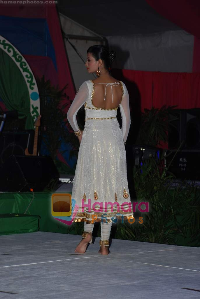 Sayali Bhagat at Swatee Jaiswal and Lalit Tayal's wedding in Bangkok on 28th Dec 2009