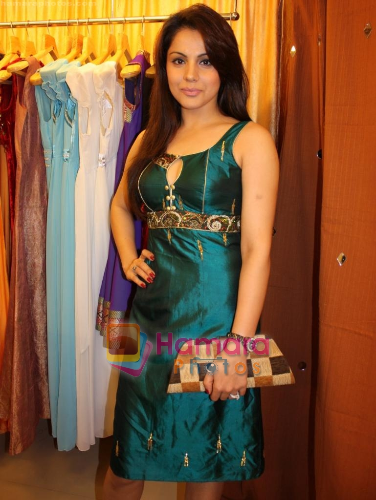 at the Launch of Fash N Trends store in Bandra on 29th Dec 2009