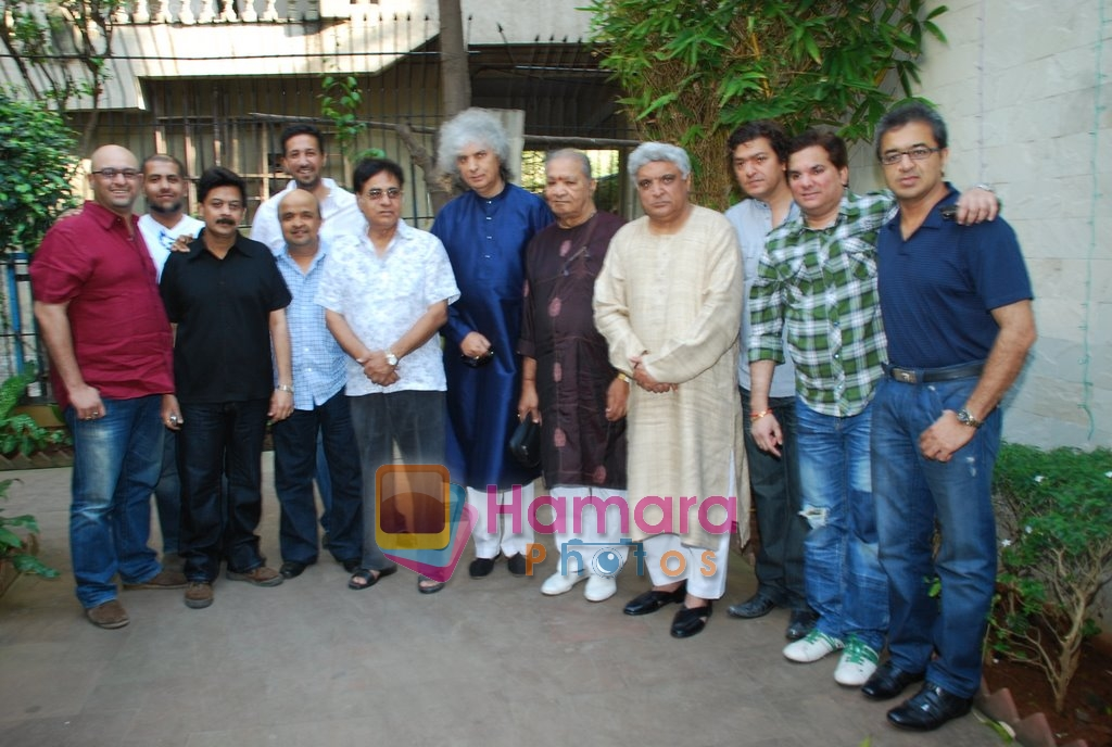 Vishal Dadlani, Sameer, Sulaiman Merchant, Jagjit Singh, Javed Akhtar, Aadesh Shrivastav, Lalit Pandit at Musicians thank Indian Govt for Royalties in Press Club on 29th Dec 2009