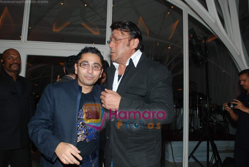 Jackie Shroff at Rishi Darda's annual bash in Tote, Worli on 29th Dec 2009