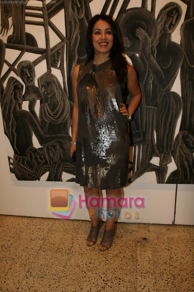 Mahima Chaudhary at poet and artist Kiran Chopra's exhibition in Jehangir art gallery on 25th March 2010