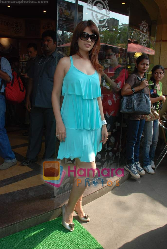 Anjana Sukhani at Tum Milo toh Sahi media meet in Bandra on 29th March 2010