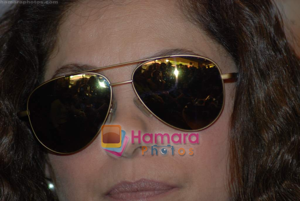 Dimple Kapadia at Tum Milo toh Sahi media meet in Bandra on 29th March 2010