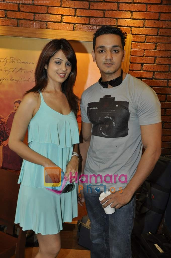 Anjana Sukhani, Rehan Khan at Tum Milo toh Sahi media meet in Bandra on 29th March 2010