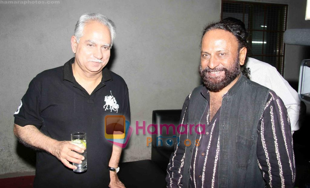 Ramesh Sippy, Ketan Mehta at Sudhir Mishra's IIFW in Blue Frog on 29th March 2010
