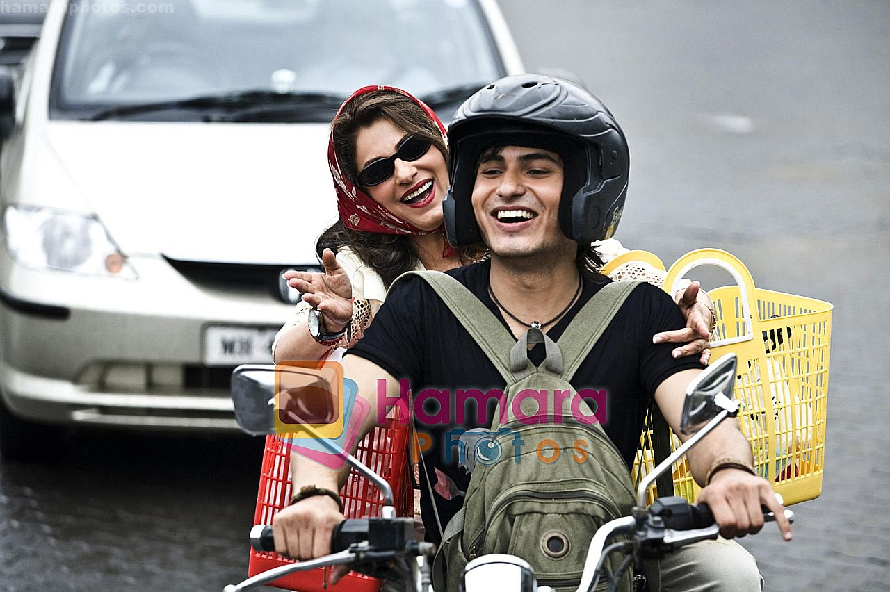 in the still from movie Tum Milo Toh Sahi