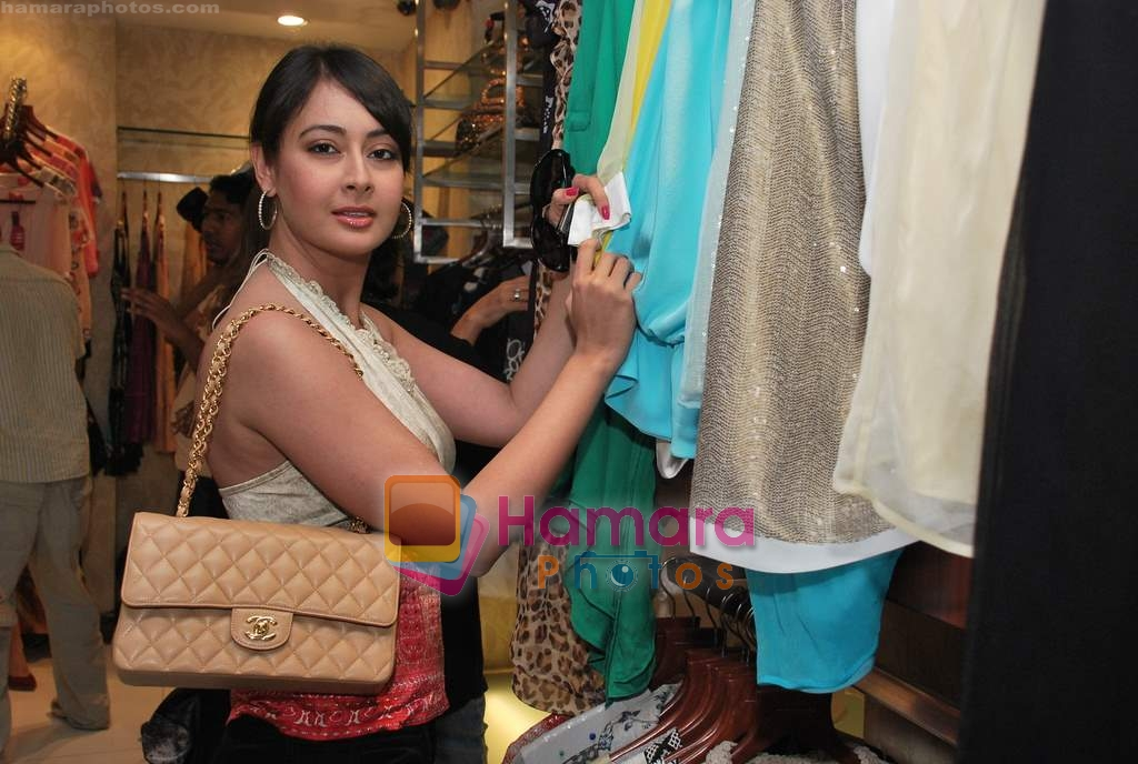 Preeti Jhangiani at Neeta Nishka Lulla summer preview in Samsara on 29th March 2010