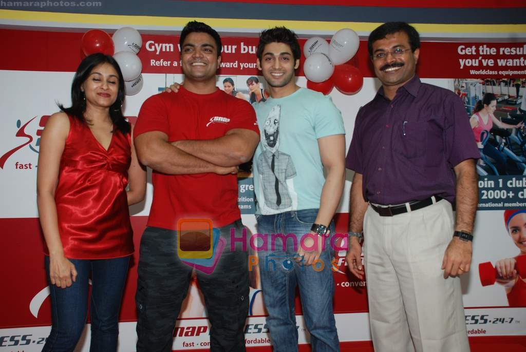 Ruslaan Mumtaz at the launch of  Snap 24-7 Gym in Malad, Near Croma on 29th March 2010