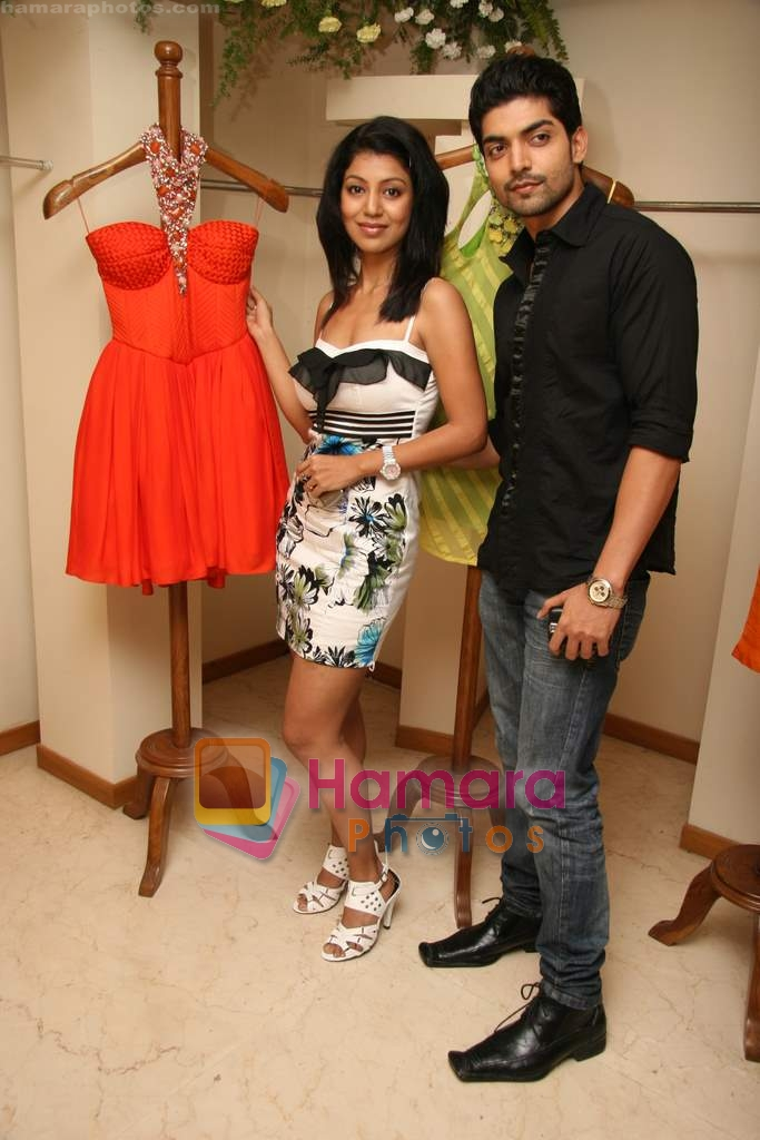 Gurmeet Choudhary and Debina Bonerjee at the Launch of Nisha Sagar's Summer wear collection in Juhu on 30th March 2010