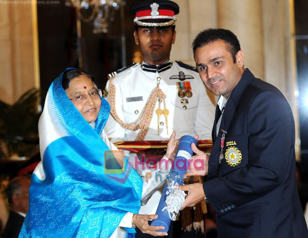 Virendra Sehwag receive Padma Bhushan on 31st March 2010