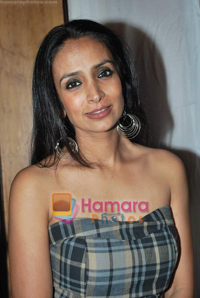 Suchitra Pillai at Neelam and Nriti Shah Show on 1st April 2010