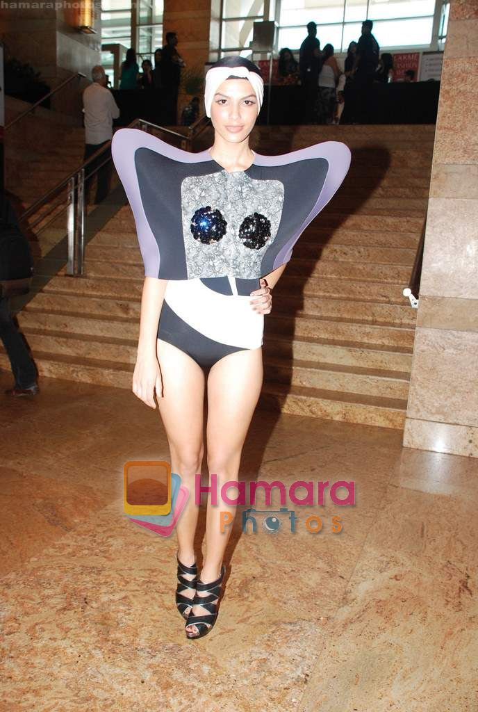 Model walks the ramp for Shrivan Narresh Show at Lakme Winter fashion week day 2 on 18th Sept 2010