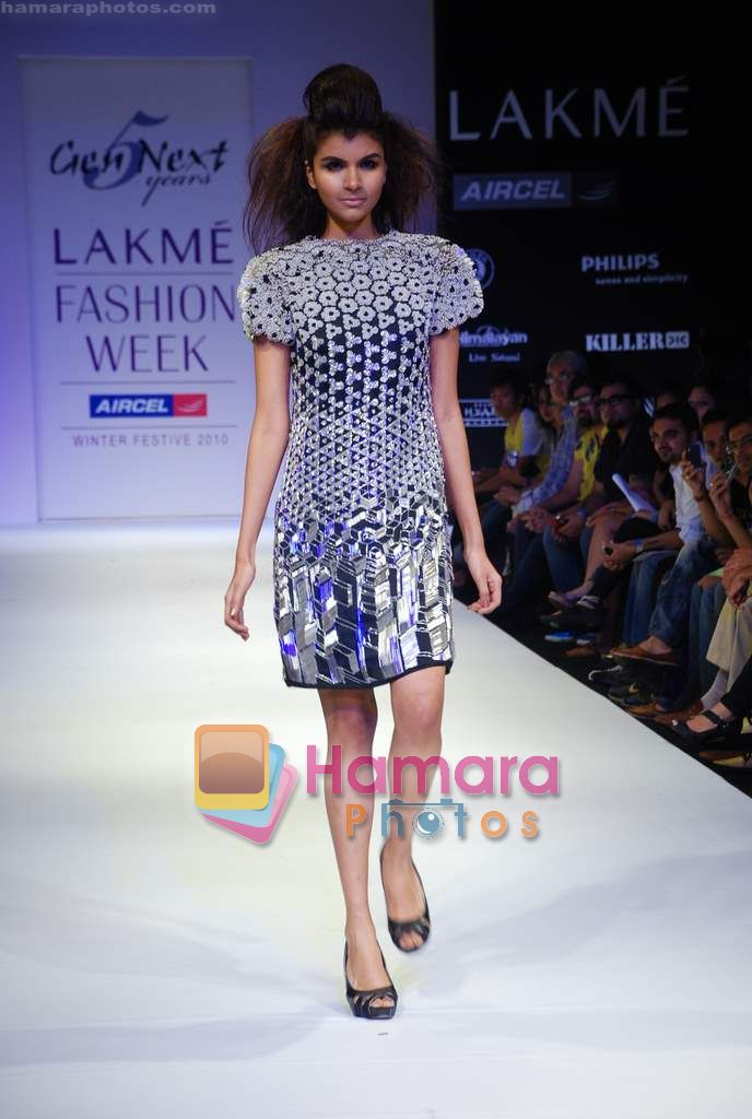 Model walks the ramp for Gen Next Show at Lakme Winter fashion week day 2 on 18th Sept 2010