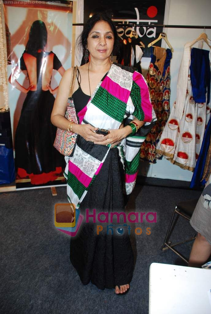 Neena Gupta at Lakme Winter fashion week 2010 day 3 on 19th Sept 2010