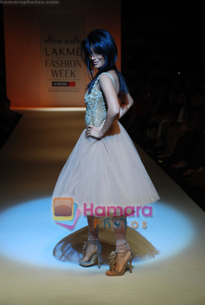 Chitrangada Singh walks the ramp for Arpan Vohra Show at Lakme Winter fashion week day 3 on 19th Sept 2010