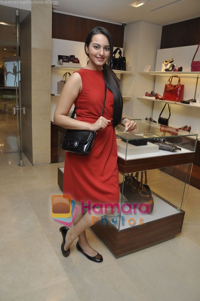 Sonakshi Sinha at the launch of MY Salvatore Ferragamo in Trident, Mumbai on 28th Sept 2010