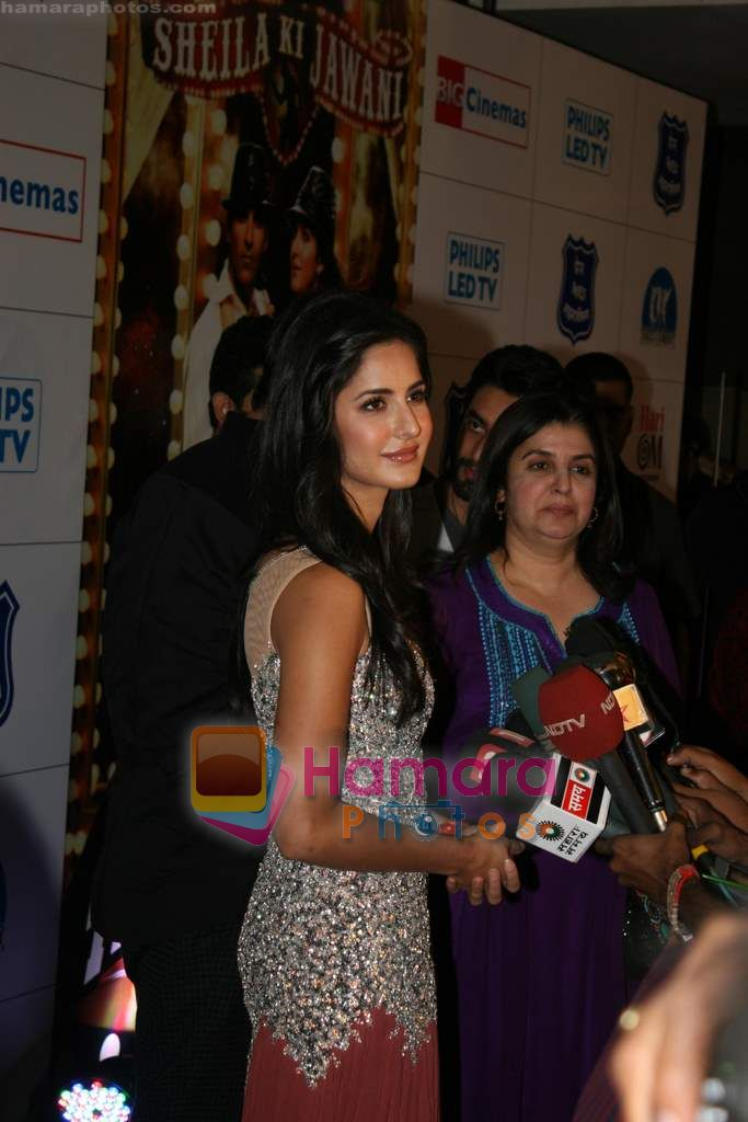 Farah Khan, Katrina Kaif at Tees Maar Khan charity screening in Metro on 23rd Dec 2010
