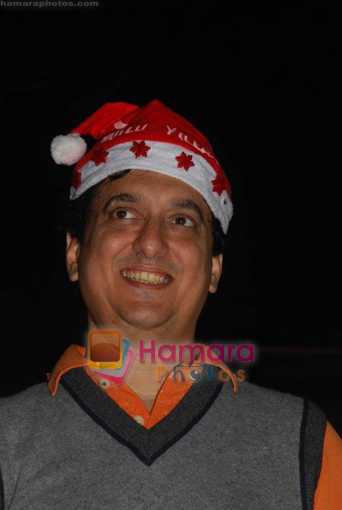 Sajid Nadiadwala spend christmas with children of St Catherines in Andheri on 25th Dec 2010