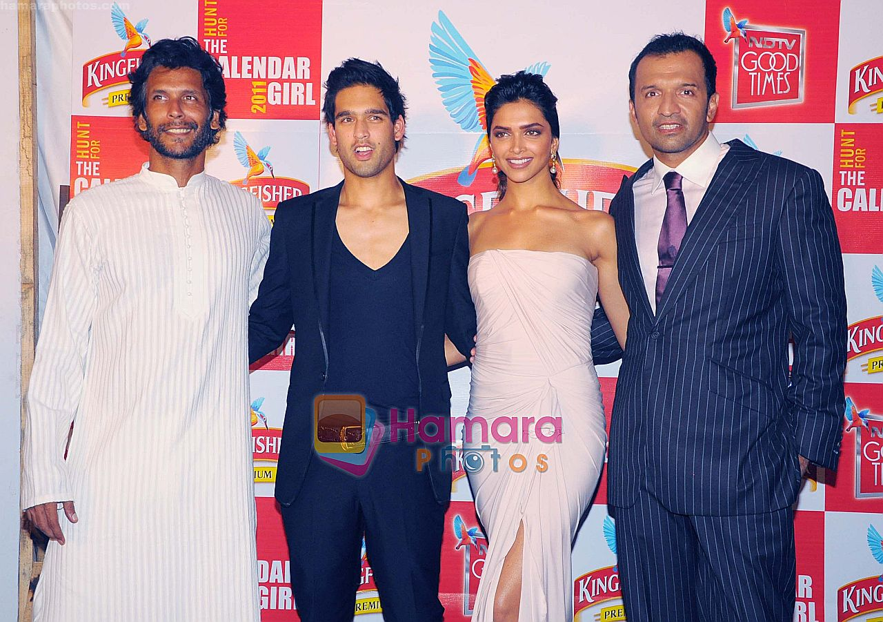 Deepika Padukone, Siddharth Mallya at THE GRAND FINALE of the Hunt for Kingfisher Calendar Girl 2011