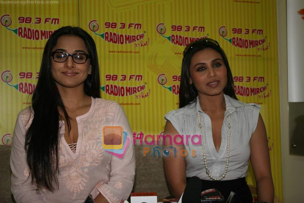 Rani Mukherjee, Vidya Balan at Radio Mirchi in Lower Parel, Mumbai on 28th Dec 2010